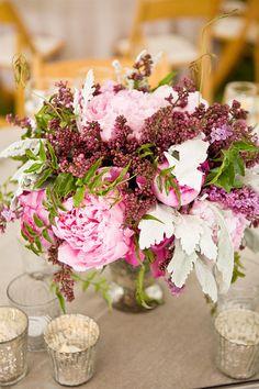 floral arrangement / flower bouquet / flower http://www.redgage.com/photos/chantalphotopix/kitty-cat-kitten-lounging-paws-crossed-flower-basket.html