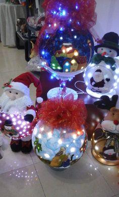 Christmas Bulbs, Holiday Decor, Home Decor, Manualidades, Decoration Home, Christmas Light Bulbs, Room Decor, Home Interior Design, Home Decoration