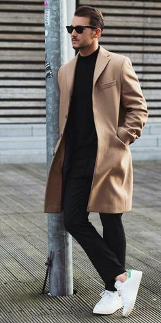 How to Wear a Tan Coat For Men looks & outfits) Mens Fashion Blog, Fashion Mode, Style Fashion, Fashion Styles, Trendy Fashion, Trendy Clothing, Mens Fashion Coats, Fashion Black, Fall Fashion