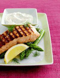 Grillet laks med grønne asparges og sennepsdressing Food N, Drinks
