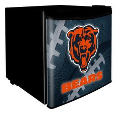 Boelter Brands Dorm Room Fridge ft Freestanding Mini Fridge Freezer Compartment (Black) at Lowe's. Take your dorm room, den, basement or bar to the next level with this Chicago Bears Dorm Room Fridge. Featuring bold Bears graphics, this counter height