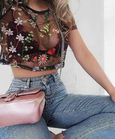 How to wear bralette outfit summer style 60 Ideas Mode Outfits, Trendy Outfits, Summer Outfits, Fashion Outfits, Womens Fashion, Fashion Trends, Jeans Fashion, Fashion Styles, Fashion Inspiration