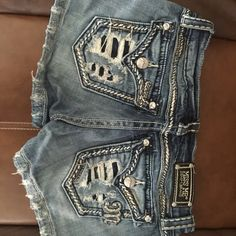 Miss me shorts Like new condition. Hardly worn Miss Me Shorts Jean Shorts