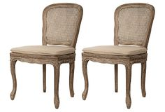Love the burnt oak finish on these Provencal-style chairs!