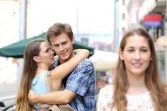 ♥♥♥  Pessoas em um relacionamento sério podem se interessar por outras? Tema polêmico, ein? Será que rola mesmo essa coisa de não ter mais olhos para outras pessoas quando entramos em um relacionamento sério, seja ele ... http://www.casareumbarato.com.br/pessoas-em-um-relacionamento-serio-podem-se-interessar-por-outras/