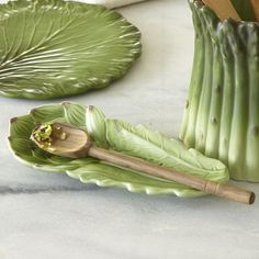 Artichoke spoon rest