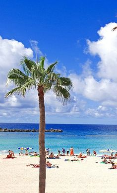 Playa de Amadores, Gran Canaria, Spain http://www.travelandtransitions.com/destinations/destination-advice/europe/outdoor-adventure-gran-canaria/