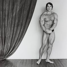 Commando awesome cut print pinterest scene movie and flexing in his undies arnold schwarzenegger robert mapplethorpe malvernweather Image collections