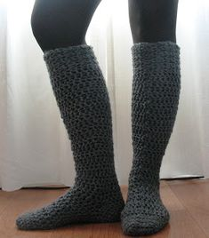 Ball Hank n' Skein: Knee-High Boot Socks!  Free pattern and a great visual tutorial on crocheting socks.  So cute!