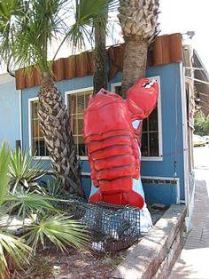 lobster kitsch (The Lobster Pot in Siesta Key FL / photo by Doreen Creede/ Style Maniac / www.stylemaniac.blogspot.com) #beach #eat #red