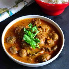 A vegetarian version of the famous Kashmiri lamb gravy using mushrooms