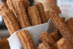 mmmmmmmmm, Churros! Chichis!