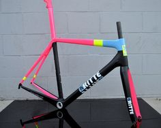 Awesome paint job. Ritte.