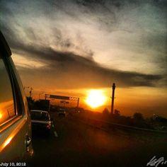 朝焼け #daybreak #morning #sun #sky #cloud #philippines #フィリピン #空 #雲 #朝日