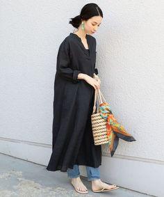Mature Fashion, Slow Fashion, Daily Fashion, Korean Fashion, Spring Fashion, Fashion Pants, Fashion Outfits, Womens Fashion, Fashion Over Fifty