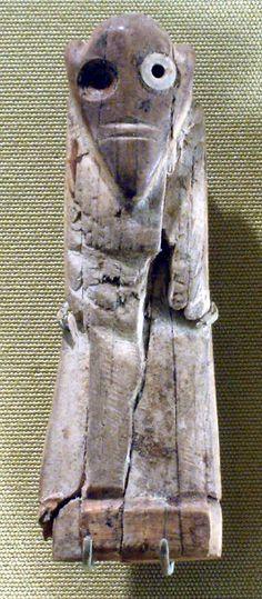 Male figurine, Predynastic Egypt, Naqada II, ca 3650-3300 BC, Ivory (Met NY)