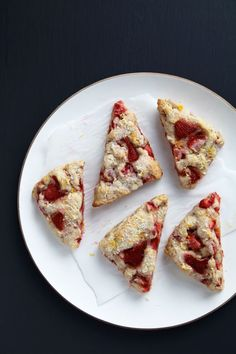 Strawberry-Sour Cream Scones with Brown Sugar Crumble | Recipe ...