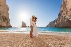 Get the inside scoop on all-inclusive resort wedding packages in this great article. blisshoneymoons.com