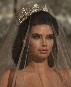 Queen, lana del rey, and beauty-bilde Pretty People, Beautiful People, Beautiful Images, Boujee Aesthetic, Glitz And Glam, Goth Glam, Marie, Dream Wedding, Wedding Beauty