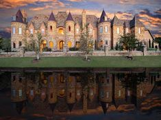 Lol, this is my ex-boyfriend's parents house. His mom said she always wanted to live in a castle, so that's what his dad did when all the kids moved out. Castle styled mansion located at 1161 La in Mirada, Southlake, Texas 76092 Mansion Homes, Dream Mansion, Luxury Apartments, Luxury Homes, Mega Mansions, Big Houses, Foyers, Home Living, Architecture