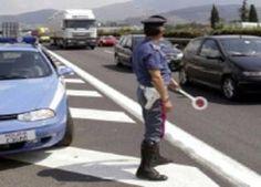 Autoarticolato precipita da viadotto, muore camionista calabrese