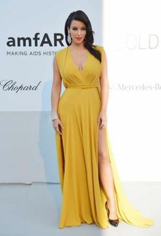 Kim Kardashian Fashion and Style - Kim Kardashian Dress, Clothes, Hairstyle - Page 8