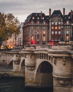 Pont Neuf, The Oldest Still Standing Bridge in Paris, 1st arrondissement 17th century bridge paris france