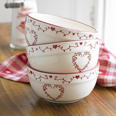 Cottage charm! Red and cream bowls for serving chirstmas pud!