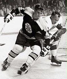 Bobby Orr & Gordie Howe during Orr's rookie season.