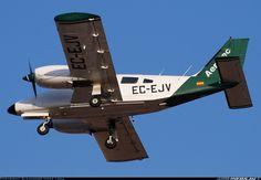 Piper PA-34-200T Seneca II - Aerotec | Aviation Photo #1706301 | Airliners.net