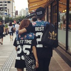 We Can't Stop Looking At These Matching Couples Dope Couples, Swag Couples, Matching Couple Outfits, Matching Couples, Outfits For Teens, Summer Outfits, Cute Outfits, Bae, Korean Couple