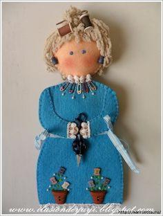 Doña muñeca divertida de fieltro.  Patrón (4) (460x610, 201Kb)