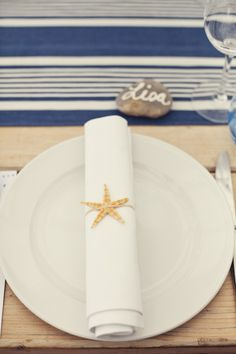 Cool idea to bring starfish to the table