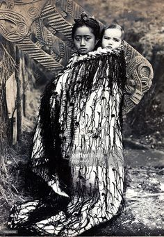 Volume Picture: Maori mother and baby on her back. circa Popperfoto via Getty Images,The Book, Volume Picture: Maori mother and baby on her back, Antipodes, circa 1890 (Photo by Popperfoto via Getty Images/Getty Images) Art Maori, Maori Face Tattoo, Old Photos, Vintage Photos, Nz History, Maori Patterns, Polynesian People, Maori People, New Zealand Landscape