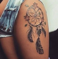 Find images and videos about amazing, wow and tatoo on We Heart It - the app to get lost in what you love. Hip Tattoos Women, Sexy Tattoos For Girls, Dope Tattoos, Girly Tattoos, Leg Tattoos, Body Art Tattoos, Small Tattoos, Tatoos, Dreamcatcher Tattoo Thigh