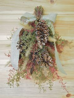 dried flower decor on Esty | PRIMITIVE WOODLAND Dried Flower Swag - Perfect Farmhouse Decor