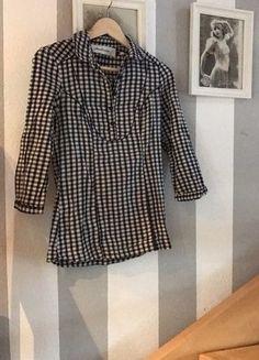 Kaufe meinen Artikel bei #Kleiderkreisel http://www.kleiderkreisel.de/damenmode/blusen/145392261-susse-karierte-bluse-von-stradivarius