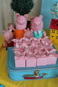 Red Balloon Events P's Birthday / Peppa Pig - Photo Gallery at Catch My Party Birthday Party Favors, 2nd Birthday Parties, Birthday Ideas, Pig Party, Party Fun, Leo Birthday, Party Themes, Party Ideas, Red Balloon