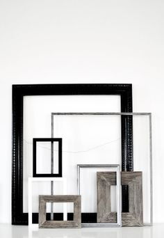 Scandinavian style and design Empty Frames, Frames On Wall, Interior Stylist, Interior Design, Live Picture, Interior Inspiration, Daily Inspiration, Retro, Decor Styles