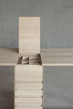 designbinge: LE SUISSE DESK BY designer Giulio Parini.