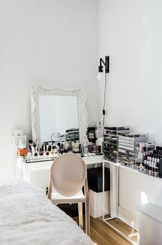 """Now that's a serious """"Get Ready With Me"""" vanity area"""