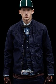 Raw radar zip overshirt, Correct Lens Gilet and longsleeved Tailor shirt: https://www.g-star.com/collection/men/overshirts