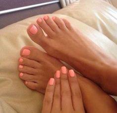 Summer Pedicure Colors, Pink Pedicure, Summer Toe Nails, Pedicure Nail Art, Beach Pedicure, Summer Pedicures, Beach Toe Nails, Fall Pedicure, Manicure Tips