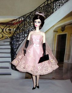 Blush Beauty & Cocktail dress  Posted by helen on January 14, 2017  Blush Beauty Barbie Doll is going to a Cocktail Party!