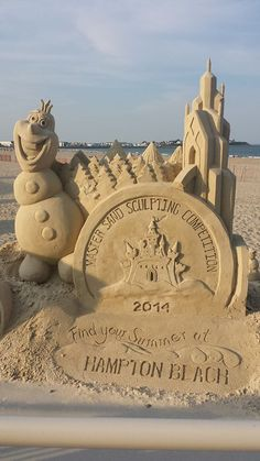 Hampton Beach sand sculpture 2014