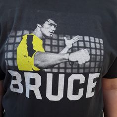 """Bruce Lee Game of Death tee. Unisex tee already broken in with no holes or stains. Normal light fading from wash. Free shipping! •Brand/tags- Tailgate Clothing Co. •Size- Large •Pit to pit- 21.5"""" •Length- 26"""" #brucelee #gameofdeath #yellowjumpsuit #bruce #depop #badass"""