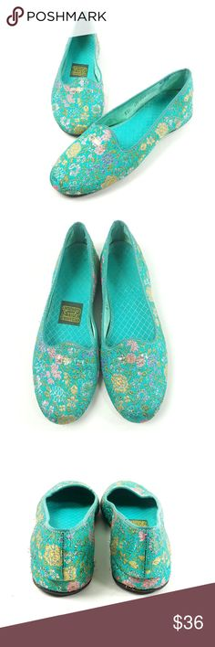 600390a17956 VTG Daniel Green Womens Sz B50 Comfy Slippers You are purchasing a pair of  Vintage Daniel