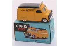 Corgi Toys 408 Bedford AA Road Service Van, yellow body,smooth black roof, flat spun wheels in
