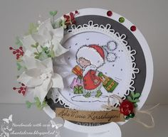 Handmade card by Chantal with clear stamp Shopping Daisy (DDS3346), Creatables Branch & Flowers 1 (LR0256), Collectables Eline's Poinsettia (COL1393) and Craftables Circle & Flower Stitch (CR1248) from Marianne Design