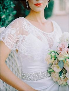 lace shoulder caplet—the perfect compliment to a simple wedding gown  Amalee Bridal Accessories Shoot by Mariel Hannah Photography // see more on lemagnifiqueblog.com